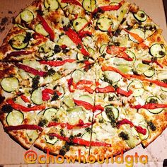 #Chowhoundgta bought delicious gourmet pizza from Pizzaiolo - zucchini, chicken, red peppers, pesto all on a thin crust #Toronto #food #foodporn #eatfamous #gastropost #foodgasm #foodblogger