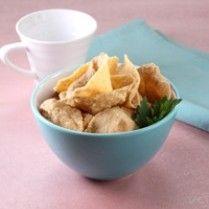 KERIPIK TAHU PONG http://www.sajiansedap.com/recipe/detail/3250/keripik-tahu-pong
