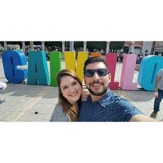 Vamos a darle la vuelta al mundo... O mínimo a #Aguascalientes. #Selfie #PuebloMágico #Calvillo #friends #colors #colorful #GPI #picoftheday