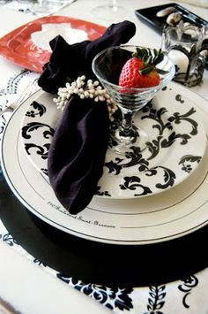 Elegant Tablescape Red Black and White | The Style Sisters; for the diningroom