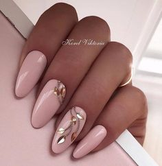 Nail design here! ♥ Photos ♥ Videos ♥ Manicure Watches VK Source by gorgeous wedding nail art ideas for brides 2019 fashion art inspiration manicures 28 ideasLatest Nail Design Ideas & Trend 2019 - Page 109 of 123 - Soflyme Latest Nail Designs, Cool Nail Designs, Acrylic Nail Designs, Acrylic Nails, Nagellack Trends, Nail Trends, Makeup Trends, Beauty Trends, Makeup Ideas
