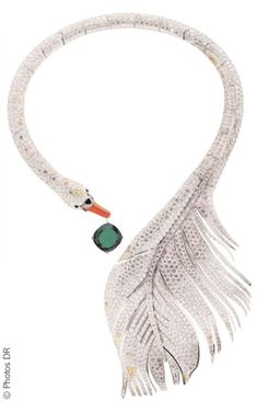 Boucheron Stunning, bird with green gem