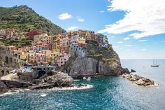 Planning a trip to Cinque Terre? Check out some tips on how to get there & around, where to stay, what to see, and the ultimate 72-hour itinerary.