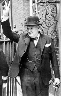 Winston Churchill Portrait Poster 11x17