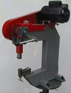 This is the first reciprocating metalforming machine I built. It was completed in September The design is a blend of information I gleaned from a variety of internet sources.