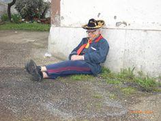 marco in siesta dopo lavoro