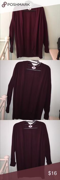 MARRON/DARK PURPLE BURGUNDY CARDIGAN I like the sleeves rolled up a little bit! (See pics) it's a simple fit and good fall/winter color! Says S but could easily fit M Old Navy Sweaters Cardigans