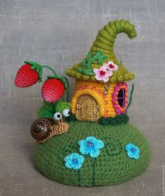 Crochet Fairy, Crochet Home, Cute Crochet, Crochet Crafts, Crochet Dolls, Yarn Crafts, Crochet Flowers, Crochet Projects, Knit Crochet