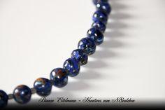 Halskette mit Lapislazuli-Imitat-Perlen aus Polymer Clay     Polymer Clay ist eine ofenhärtende Modelliermasse, die es in verschiedenen Farben gibt. I