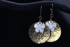 Fleurs en Nacre mother of pearl flower Power by ISLAsteampunk