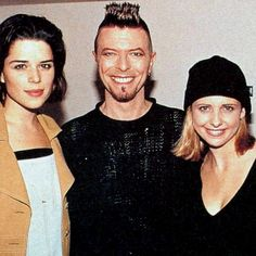 David with Buffy (Sarah Michelle Gellar) and Neve Campbell.