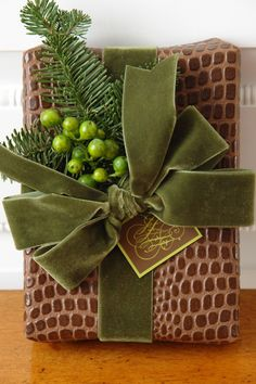 How fabulous textures make for a fabulous gift wrapping. I almost don't want to open this. Making someone feel so special as you hand them this gift...