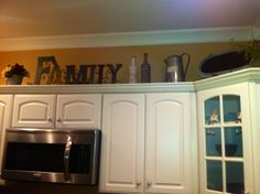 Kitchen Cabinets Decor decorating above kitchen cabinets tuscany | decor above kitchen