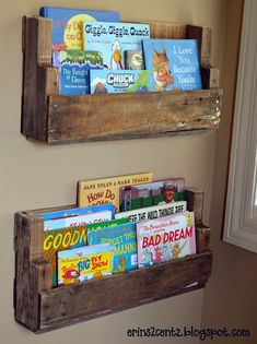 Pallet Shelves & Boys' Reading Nook - MyHomeLookBook