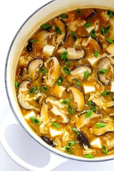 This Amazing Hot And Sour Soup Recipe Is Super-Easy To Make In Just 25 Minutes, And Tastes Even Better Than The Chinese Restaurant Version It's Also A Great Healthy Dinner Recipe That's Naturally Vegetarian And Gluten-Free. Vegetarian Recipes, Cooking Recipes, Healthy Recipes, Healthy Soups, Vegetarian Cookbook, Sushi Comida, Egg Drop Soup, Spicy Soup, Asian Recipes