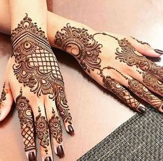 Mehndi design is one of the most authentic arts for girls. The ladies who want to decorate their hands with the best mehndi designs.Check the latest mehndi designs 2019 simple and easy for hands, we have collected the most beautiful and decent henna Henna Hand Designs, Dulhan Mehndi Designs, Mehndi Designs Finger, Indian Henna Designs, Legs Mehndi Design, Mehndi Designs For Girls, Modern Mehndi Designs, Mehndi Design Pictures, Mehndi Designs For Fingers