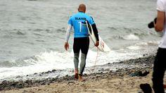 Kelly Slater Breaks Toes Surfing in Fiji | News from the Field | OutsideOnline.com