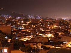 Noche en Envigado, Antioquia.