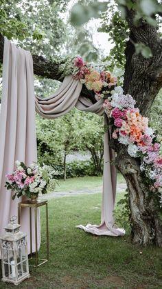 Outdoor Ceremony, Wedding Ceremony, Wedding Venues, Backdrop Wedding, Wedding Altars, Wedding Arches, Ceremony Backdrop, Outdoor Wedding Entrance, Wedding Pergola