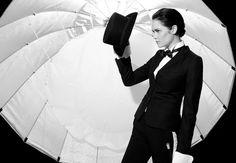 Top Model-Frida satser på lesbe-looken - Gaysir.no