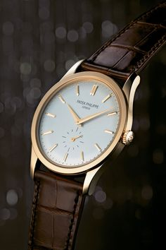 Fashion watches patek philippe Patek Philippe Calatrava 5196 Has the dauphine hands and faceted indices of the original. Elegant Watches, Stylish Watches, Luxury Watches For Men, Beautiful Watches, Patek Philippe Calatrava, Popular Watches, Swiss Army Watches, Bracelet Cuir, Fine Watches