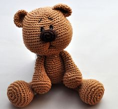 Häkelanleitung für süßen Teddy / crocheting instruction for cute teddy bear made by Stofflaus-und-Haekelgetier via DaWanda.com