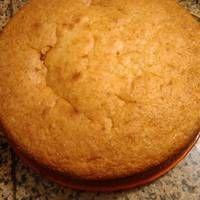 Bizcochuelo casero con 3 huevos Plum Cake, Pan Dulce, Sweets Cake, Just Cakes, Desert Recipes, Four, Nutella, Sweet Recipes, Oreo