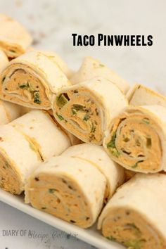 Taco Pinwheels - Easy and favorite appetizer appetizers Finger Food Appetizers, Yummy Appetizers, Appetizer Recipes, Snack Recipes, Cooking Recipes, Snacks, Wrap Recipes, Holiday Appetizers, Tortilla Wraps