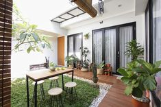 Home bar designs modern decor ideas Home Garden Design, Interior Garden, Home Room Design, Home Interior Design, Minimalist House Design, Small House Design, Minimalist Home, Modern House Design, Kitchen Design Open