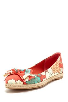 Tory Burch Flat with Floral Print & Bow.