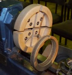 The Very Useful Wood Jaws and things you can make to go with them  Credit: While off centre jigs of this type have been around for as long as people have been turning, some credit should go to Ke...