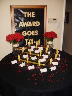 Oscar/Academy Awards Awards Party Party Ideas | Photo 3 of 16