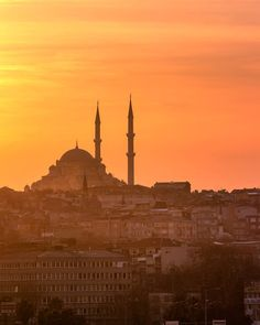 """""""Never lose an opportunity of seeing anything beautiful for beauty is God's handwriting."""" - Ralph Waldo Emerson  _  Fatih Mosque on the Istanbul old city skyline at sunset.  _  This mosque was originally built in 1463 devastated by multiple earthquakes and rebuilt in 1766.  _  This golden moment was one of my favourite sunsets in 4 years of nomadic travel.  _  I took a photo walk with @vaughanmac_ around Istanbul for the whole day. Initially I hoped to capture the sunset from the top of…"""