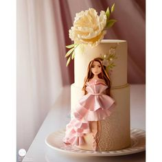 Cute 😍 Yay or Nay? Reposted from by Baking Ideas 🍰 Fancy Cakes, Cute Cakes, Pretty Cakes, Girly Birthday Cakes, Beautiful Birthday Cakes, Beautiful Cake Designs, Beautiful Cakes, Luxury Cake, Dress Cake