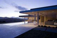 The wonderful and airy Garay Residence by Swatt | Miers Architects, in Tiburon, California.
