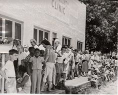 Line for a Polio vaccine clinic in 1956