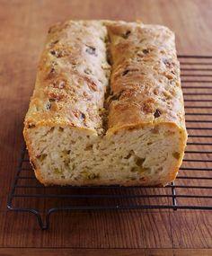 No-Knead Recipe: Cheddar and Chiles Bread