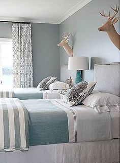 Dear lord I love this for a guest bedroom SOOOOO much!