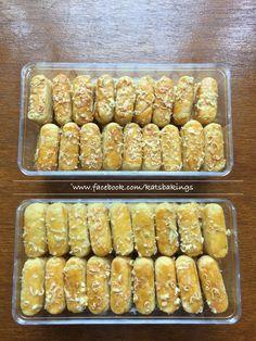 Kaastengels. Dutch cheese biscuits.