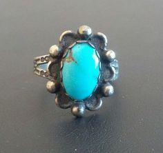 Signed STERLING Silver 925 Vintage Ring Size 8.5 Turquoise Flower Southwest 1029