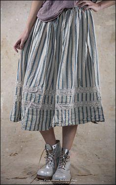 Kahlo Skirt 80 Plantation.jpg