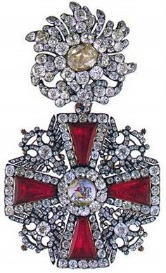 Neck Badge of the Order of St. Alexander Nevsky c 1775. Cosas Bellas Pretty Things by Pachi: TRASURES OF THE TSARS