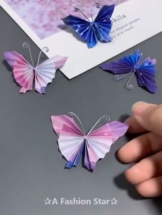 Papier gestalten 8 Easy Origami Ideas - Fun Paper Crafts - Butterfly DIY Bracelets Past and Prestent Paper Flowers Craft, Paper Crafts Origami, Paper Crafts For Kids, Diy Paper, Newspaper Crafts, Origami Flowers, Flower Crafts, Craft With Paper, Diy Crafts Hacks