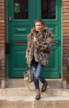 Colorful fur coat outfit inspiration . Colorful Fur Coat, Fur Coat Outfit, Outfit Of The Day, Vogue, My Style, Jackets, Inspiration, Outfits, Fashion