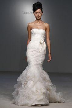 335 best Vera Wang Wedding Dresses images on Pinterest | Homecoming ...