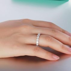 Full Circle Cubic Zirconia Ring 925 Sterling Silver