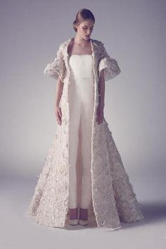 I dare you to pick only one favorite from Ashi Studio's Spring Summer 2015 Haute Couture collection. Go ahead!