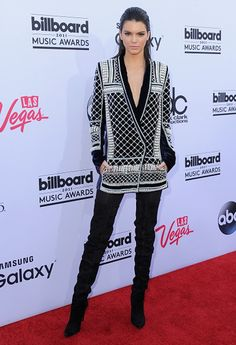 Kendall Jenner arrives at the 2015 Billboard Music Awards at MGM Garden Arena on May 2015 in Las Vegas, Nevada. Get premium, high resolution news photos at Getty Images Celebrity Outfits, Celebrity Style, Celebrity News, Billboard Music Awards 2015, Kendall Jenner Mode, Kylie Jenner, Thing 1, Calvin Klein Collection, Inspirational Celebrities