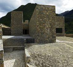 Galería - Centro de Visitantes Tibet Namchabawa / standardarchitecture - 11