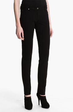 Essential Black Pants - http://unefemme.net/2014/12/essentials-black-pants.html